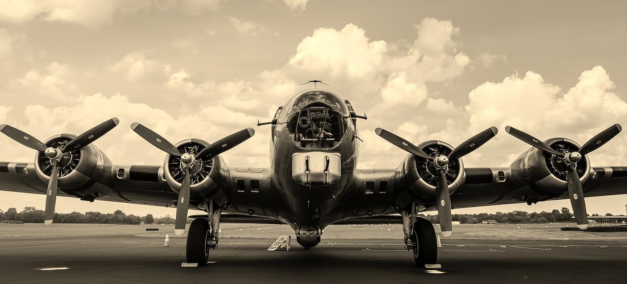 מטוס מתקופת מלחמת העולם השניה B-17 קוד פתוח